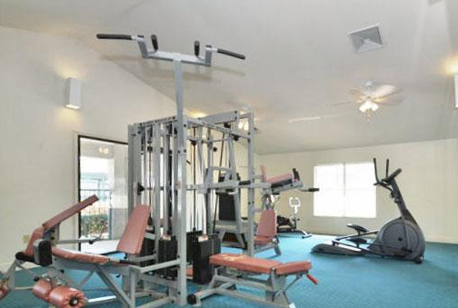Kole Management Ashton Apartments in Richmond Hill Fitness Center
