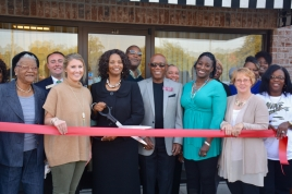 stewart-income-tax-services-cuts-ribbon-on-new-office